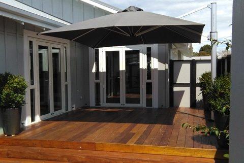 hawkes-bay-shade-7-umbrella-square
